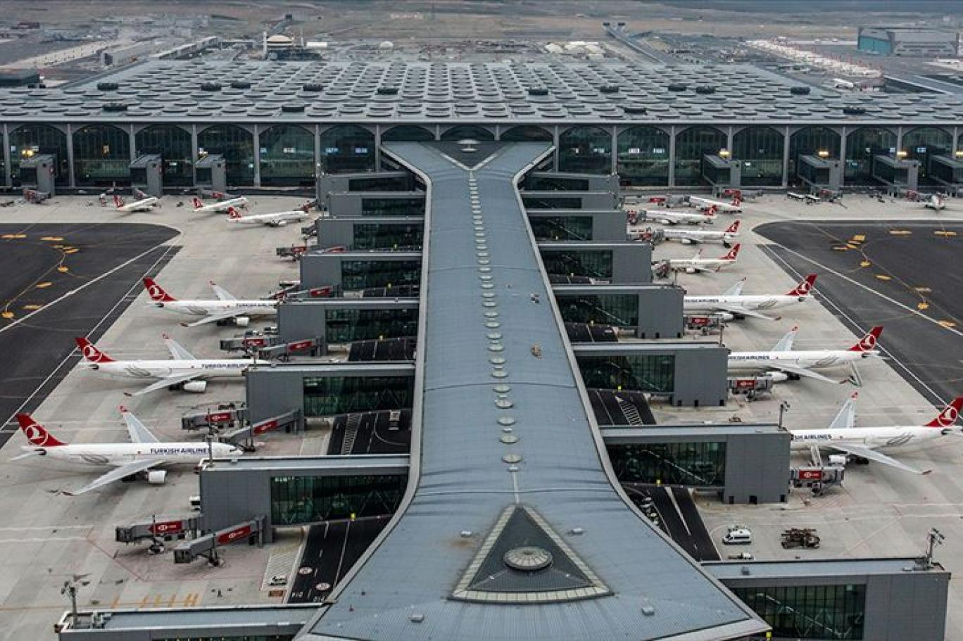 Istanbul Airport, Istanbul ( IST )